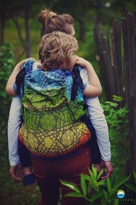 Little Frog Toddler XL pre school carrier Prismatic Abyss